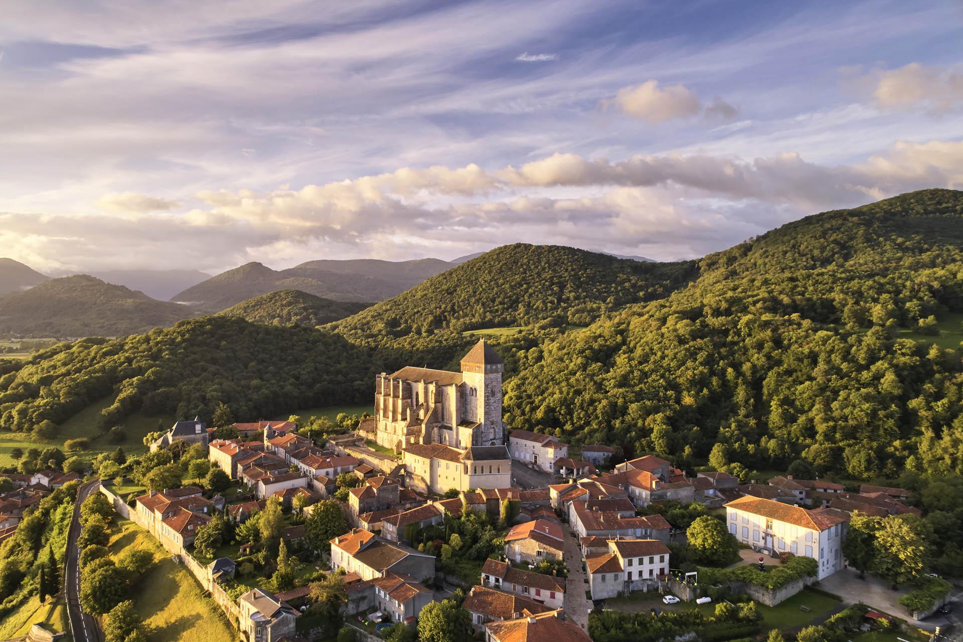 Offices de tourisme et partenaires pays comminges pyr n es - Office tourisme pyrenees 2000 ...
